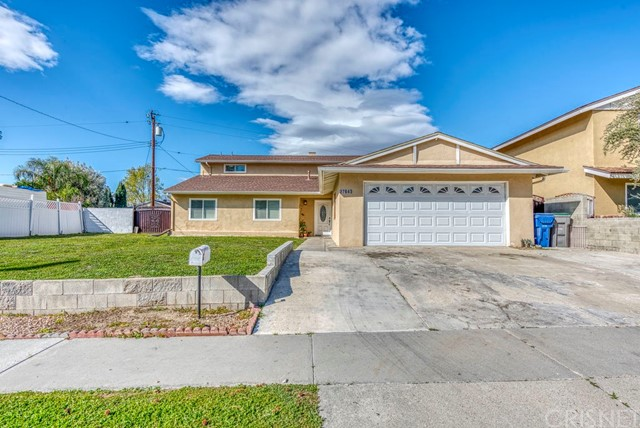 27843 Lost Springs Road, Canyon Country, CA 91387