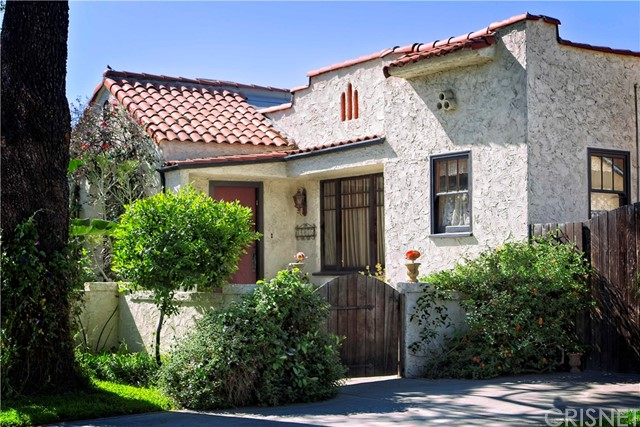 14035 Gilmore Street, Valley Glen, CA 91401