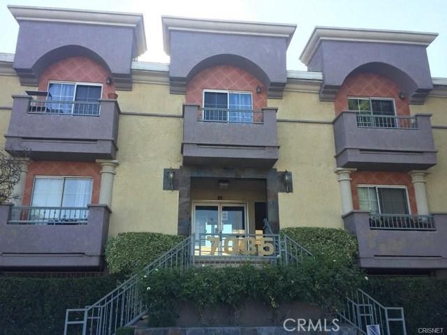 7035 Woodley Avenue 124, Lake Balboa, CA 91406