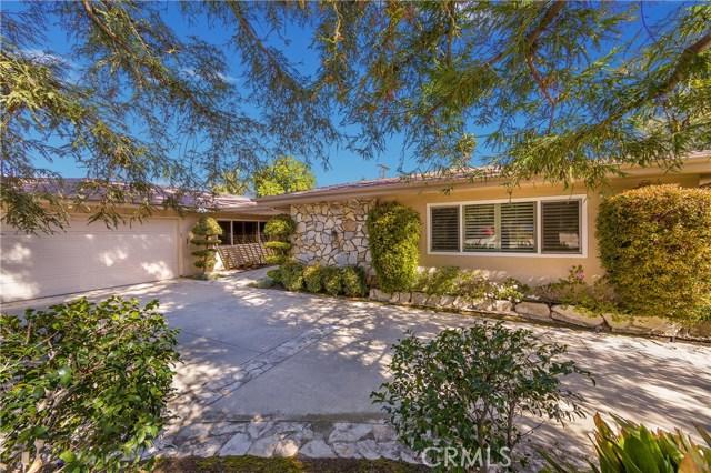 22501 Calvert Street, Woodland Hills, CA 91367