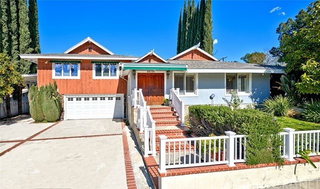 22721 Mulholland Drive, Woodland Hills, CA 91364