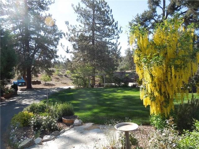 8072 Cuddy Valley Road, Frazier Park, CA 93225