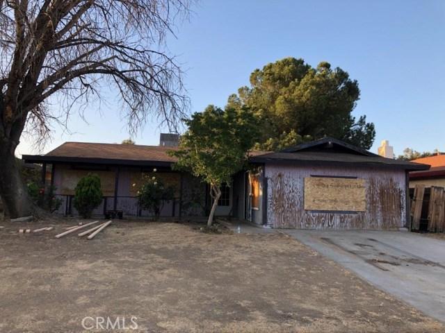 912 Caroline Court, Bakersfield, CA 93308