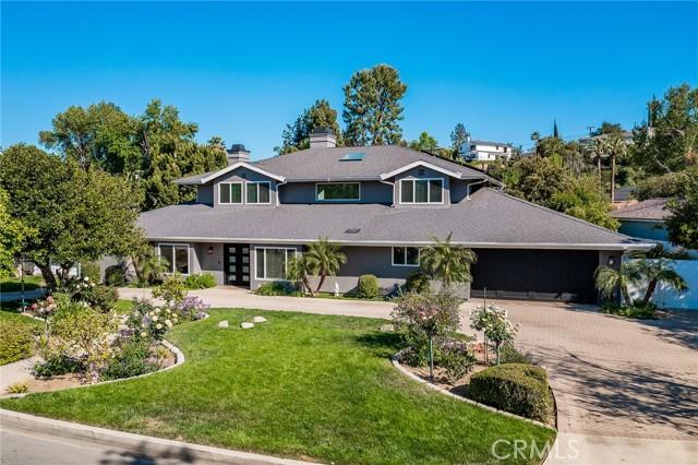 Photo of 6140 Fenwood Avenue, Woodland Hills, CA 91367