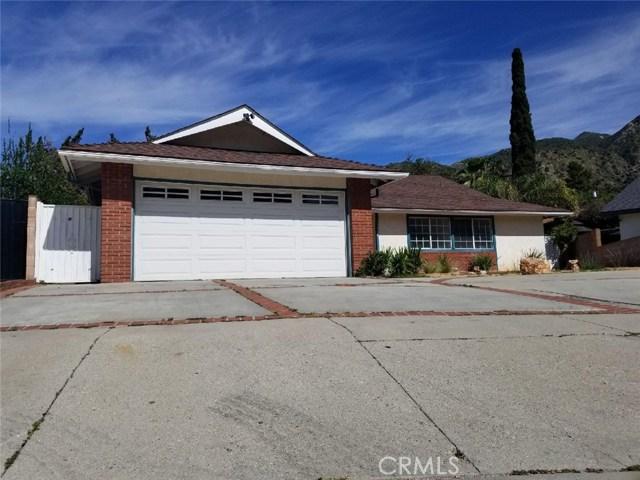 13897 Garrick Avenue, Sylmar, CA 91342