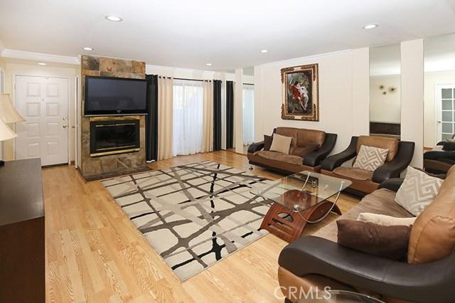 7869 Ventura Canyon Avenue 407, Van Nuys, CA 91402