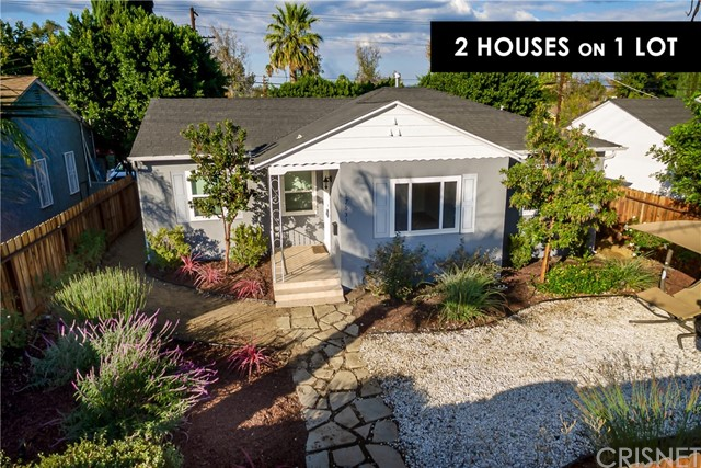 Photo of 17631 Burbank Boulevard, Encino, CA 91316
