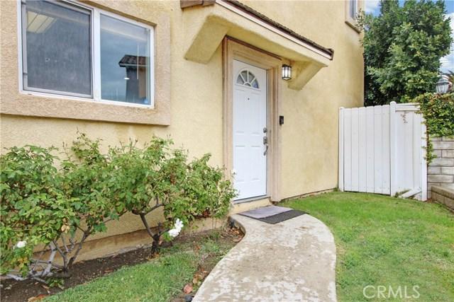 20300 Vanowen Street 2, Winnetka, CA 91306