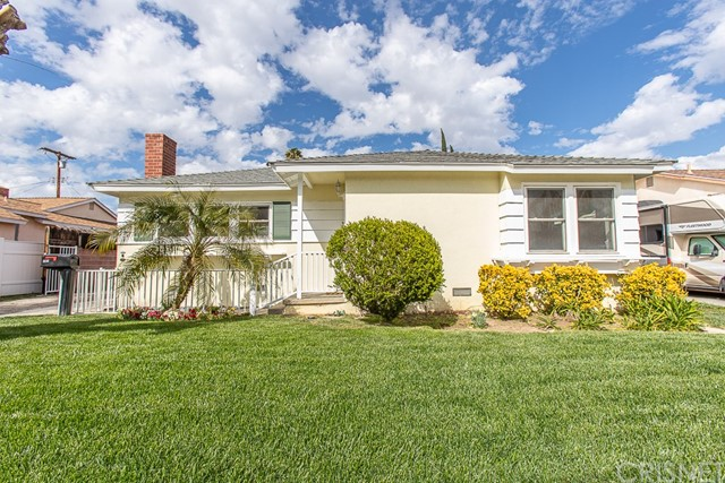 19741 Schoolcraft Street, Winnetka, CA 91306