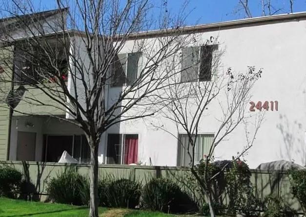 24411     Trevino Drive   A8, Valencia CA 91355