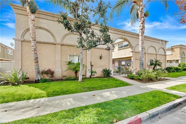 20202 Cohasset Street 14, Winnetka, CA 91306