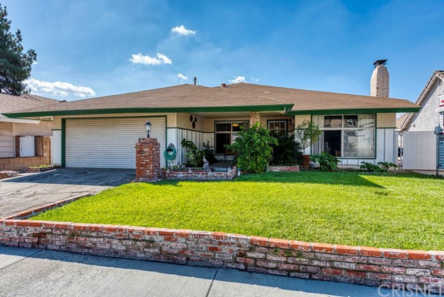 19632 Chadway Street, Canyon Country, CA 91351