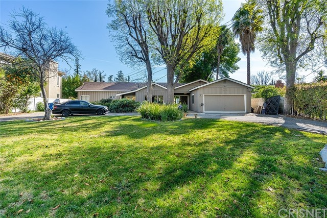 22662 Califa Street, Woodland Hills, CA 91367