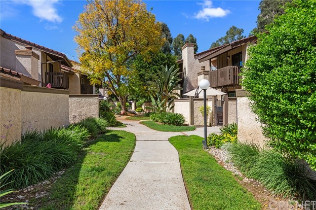 Photo of 6265 Canoga Avenue #43, Woodland Hills, CA 91367