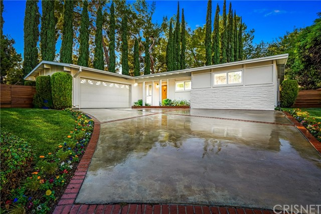 Photo of 23432 Kilty Place, West Hills, CA 91307