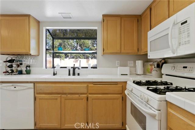 29114 Rangewood Rd, Castaic, CA 91384 Photo 9