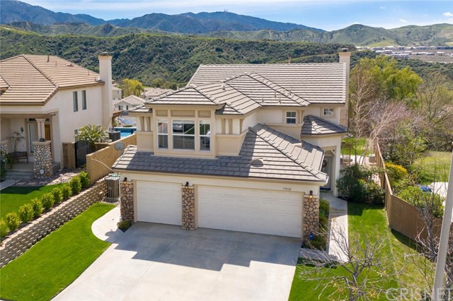17832 Maplehurst Place, Canyon Country, CA 91387