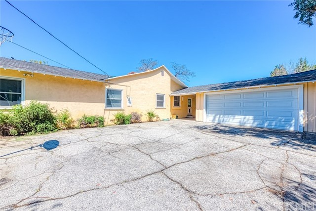 17066 Chase St, Sherwood Forest, CA 91325 Photo 32