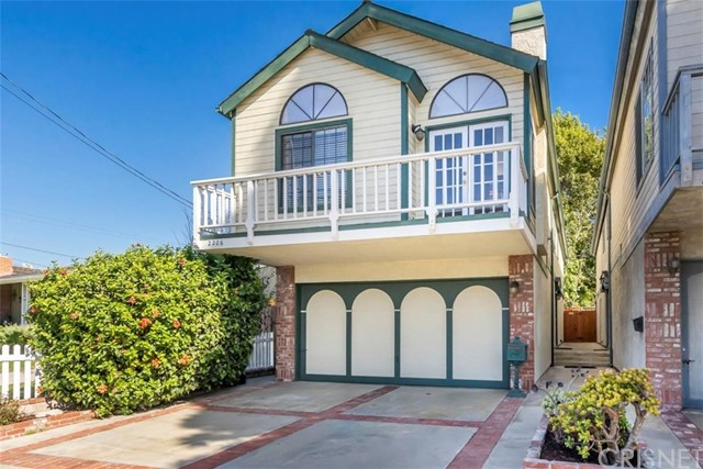 2206 Prospect Avenue, Hermosa Beach, California 90254, 3 Bedrooms Bedrooms, ,3 BathroomsBathrooms,For Sale,Prospect,SR20238746