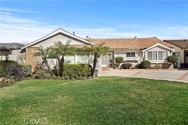 16059 Dearborn Street, North Hills, CA 91343