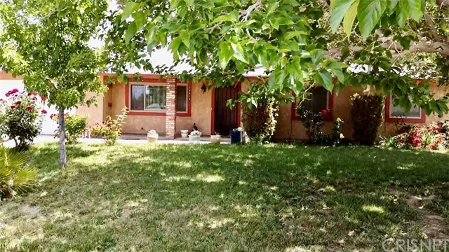 38614 154th Street E, Lake Los Angeles, CA 93591
