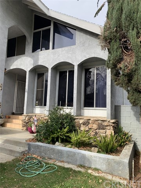 20211 Valerio Street, Winnetka, CA 91306