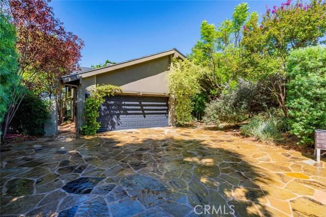 4556 Poe Avenue, Woodland Hills, CA 91364