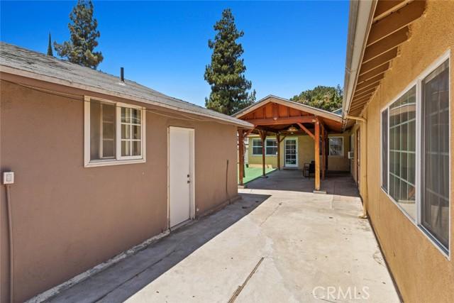 7. 7634 Milwood Avenue Canoga Park, CA 91304