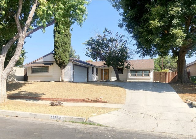 Photo of 16859 Hiawatha Street, Granada Hills, CA 91344