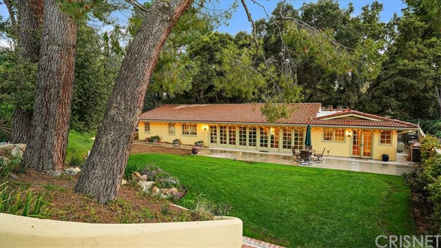 15737 Warm Springs Drive, Canyon Country, CA 91387