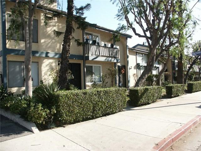 6826 Forbes Avenue, Lake Balboa, CA 91406