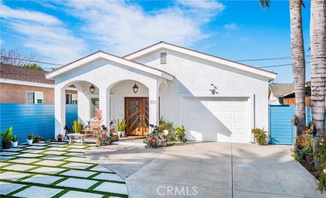 2939 North Coolidge Avenue, Los Angeles, CA 90039