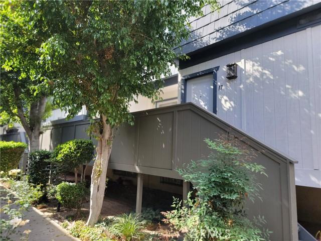 Photo of 18550 Hatteras Street #17, Tarzana, CA 91356