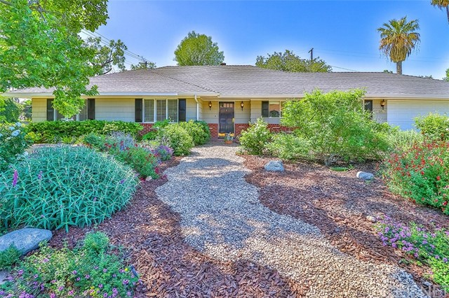 17300 Dearborn Street, Northridge, CA 91325