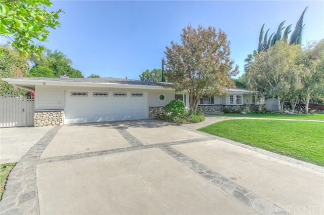 8924 Balcom Avenue, Sherwood Forest, CA 91325