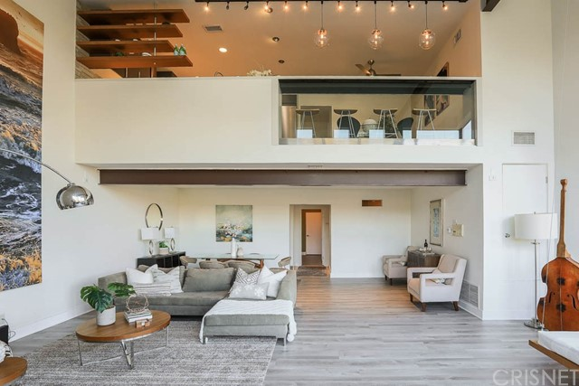 2290 Silver Ridge Avenue, Silver Lake, CA 90039