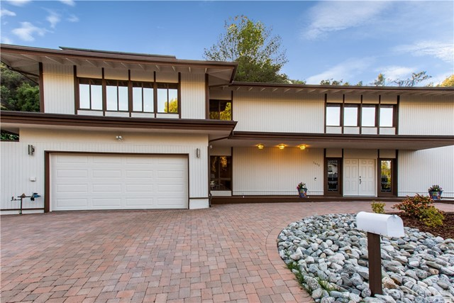 3415 Green Vista Drive, Encino, CA 91436
