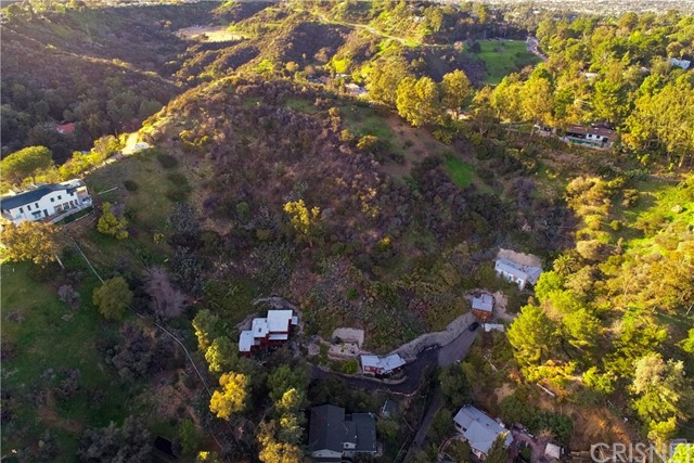 2575 N Dominion Ln, Los Angeles, CA 90001