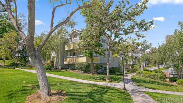 26856 Claudette Street 721, Canyon Country, CA 91351