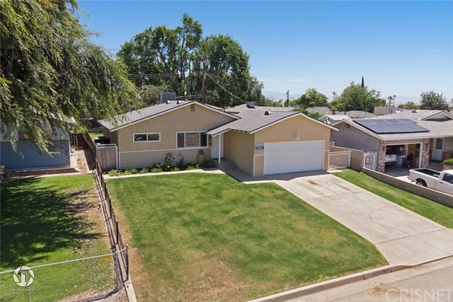 4824 N Chester Ext, Bakersfield, CA 93308