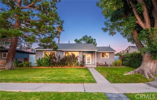 10000 Woodley Avenue, North Hills, CA 91343
