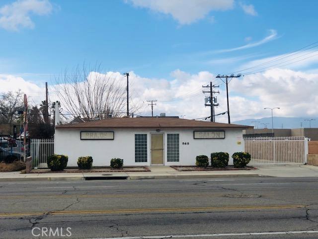 868 W Avenue J, Lancaster, CA 93534
