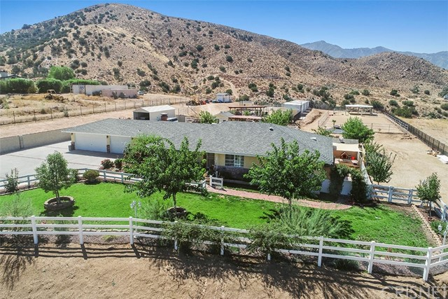 3242 Country Way, Acton, CA 93510