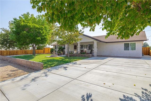 8352 Jacaranda Av, California City, CA 93505 Photo
