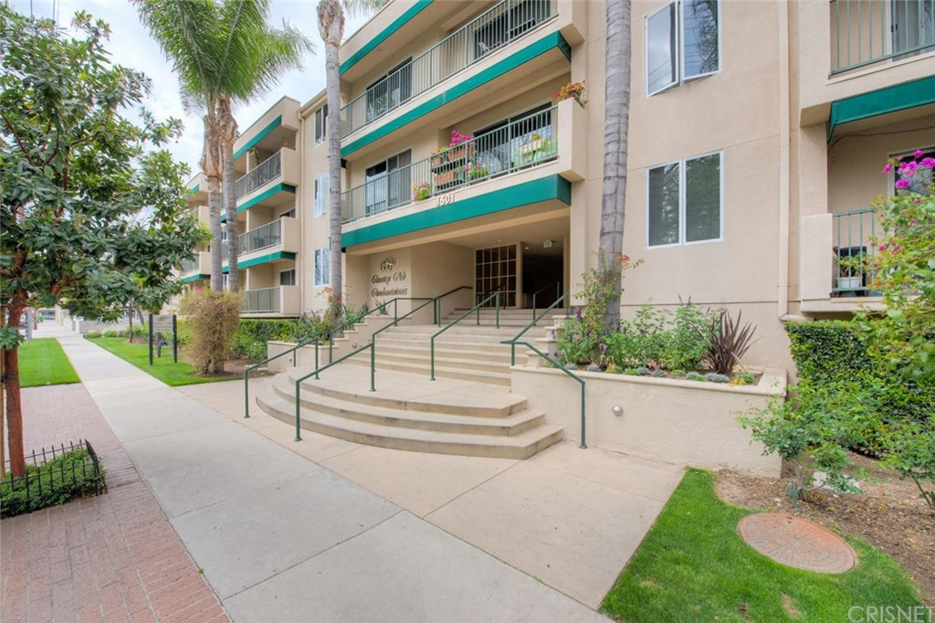 Photo of 4501 CEDROS Avenue #104, Sherman Oaks, CA 91403