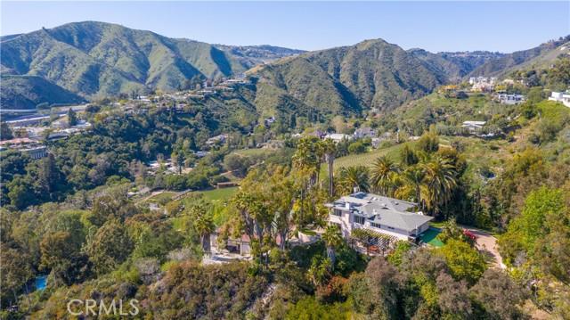Photo of 879 Linda Flora Drive, Los Angeles, CA 90049