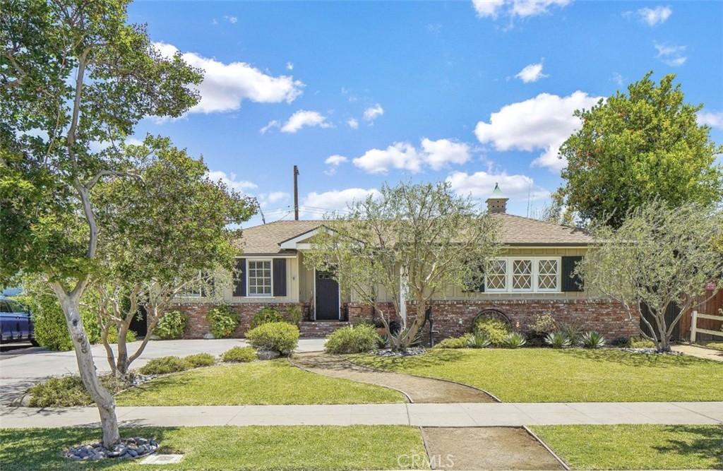 6446     Hanna Avenue, Woodland Hills CA 91303