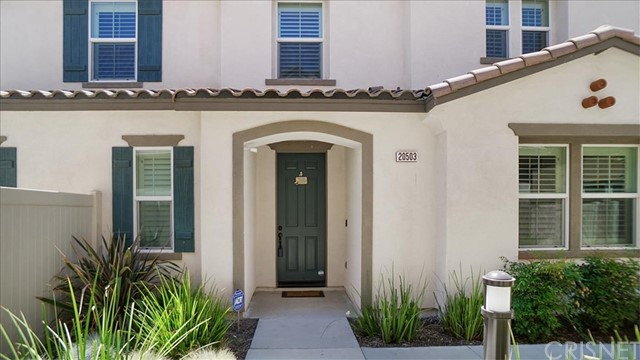 20503 Sugarberry Court, Saugus, CA 91350