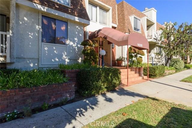 14315 Riverside Drive 202, Sherman Oaks, CA 91423