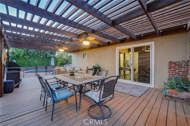 5813 Vanalden Avenue, Tarzana, CA 91356